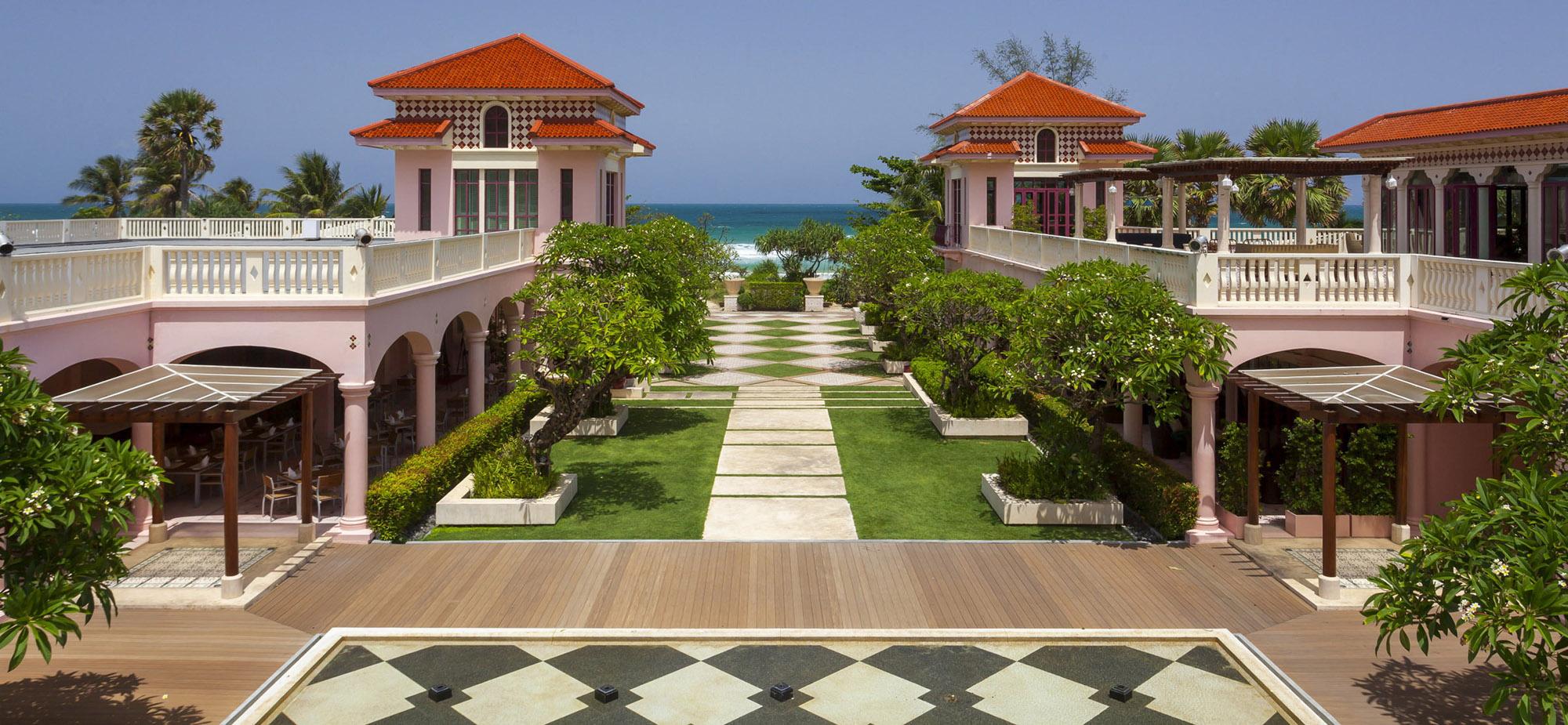 Centara Grand Beach hotel