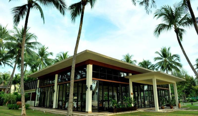 Tanjung Rhu Resort hotel