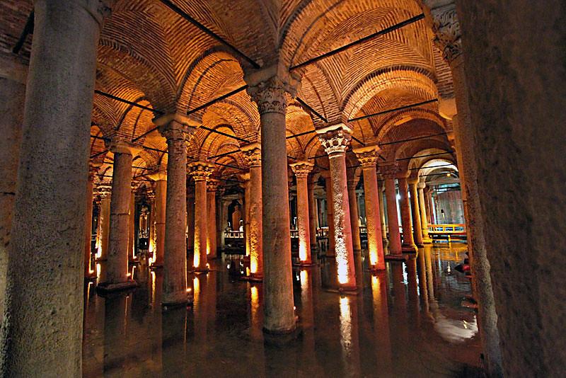 آب انبار تاریخی بازیلیکا در استانبول