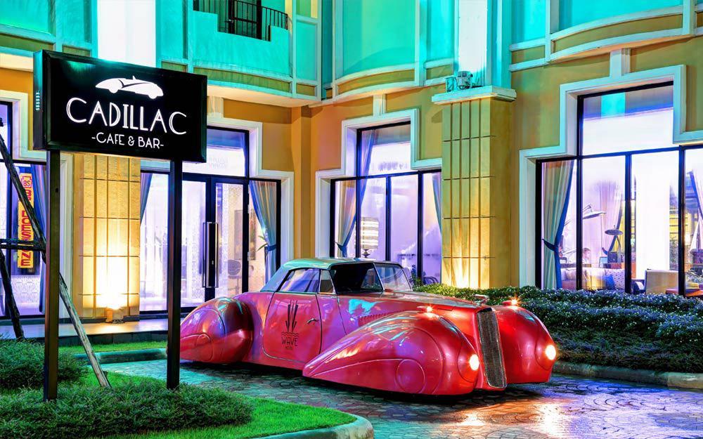 کافه کادیلاک در هتل موج پاتایا