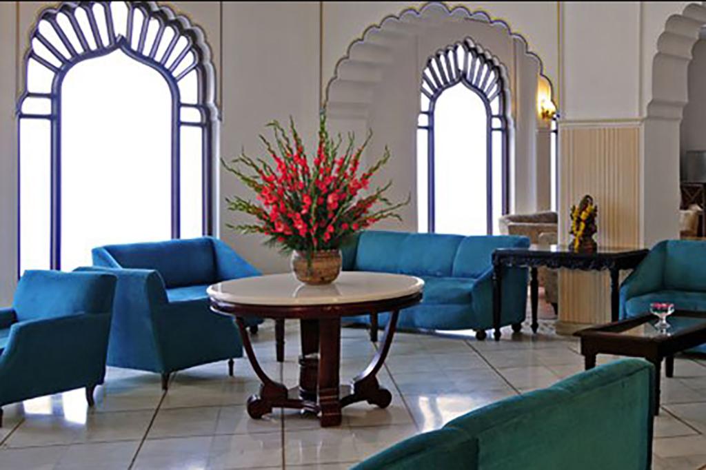 Utkarsh Vilas hotel
