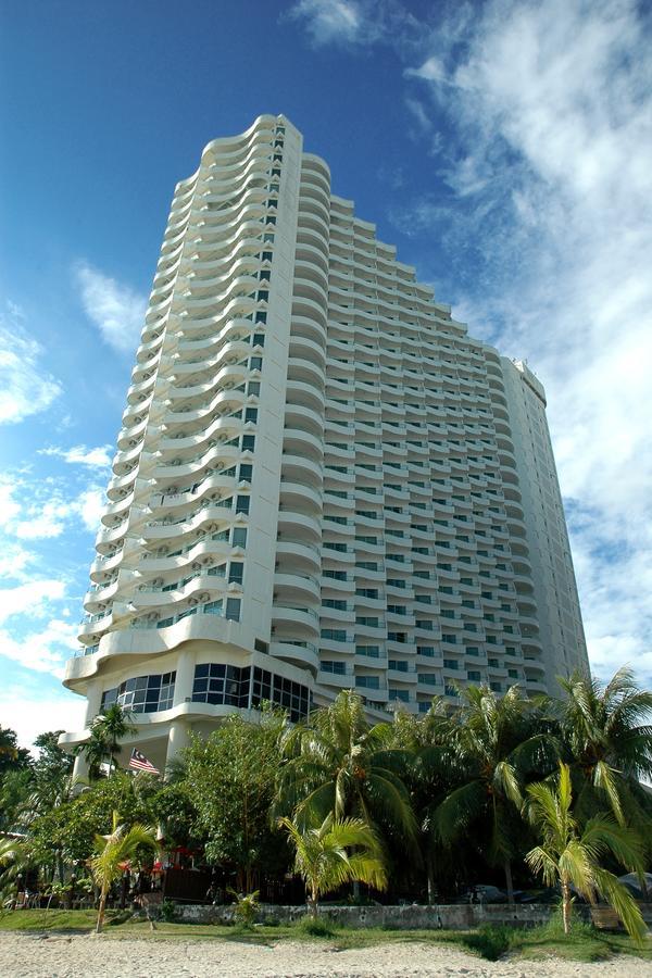 Rainbow Paradise Beach Resort hotel