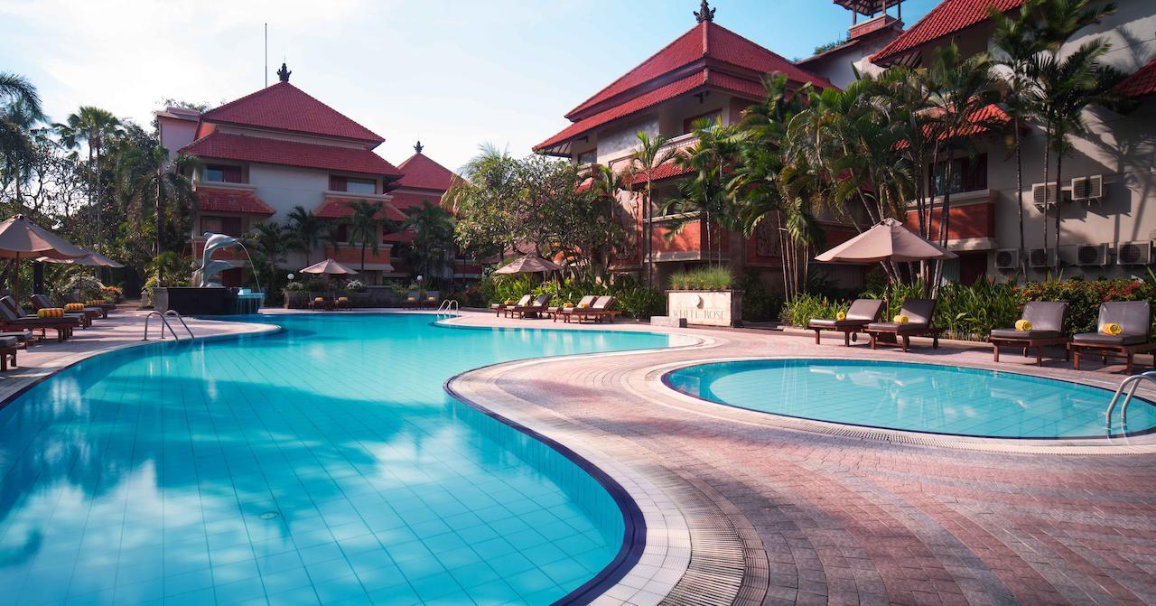 White Rose Kuta Resort hotel