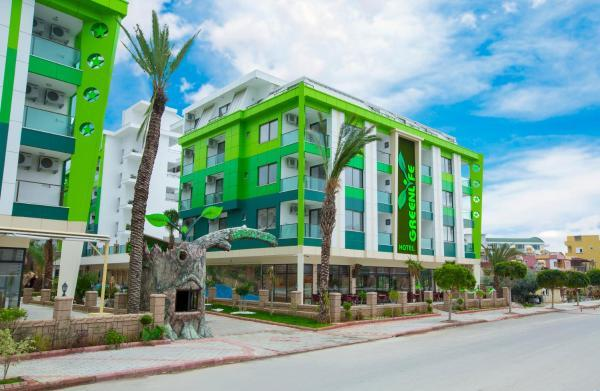 Green Life Hotel