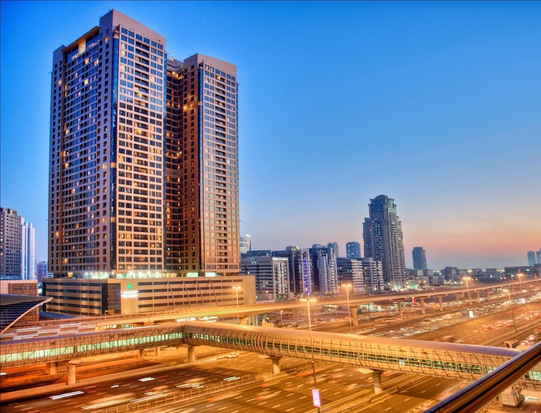 Mercure Dubai Barsha Heights Hotel Suites