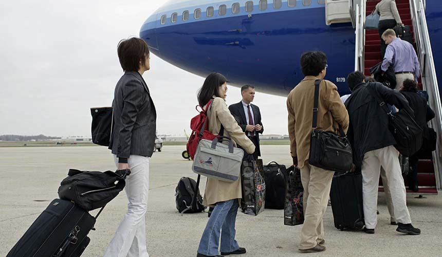 حمل کدام وسایل در پرواز ممنوع است؟