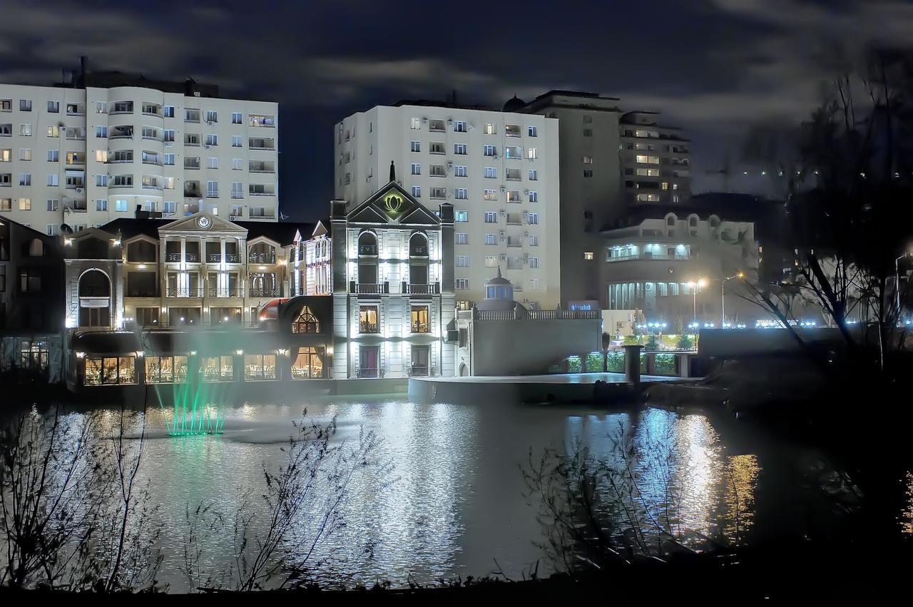 Lake Palace Baku hotel