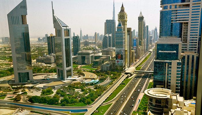 خیابان شیخ زاید دبی