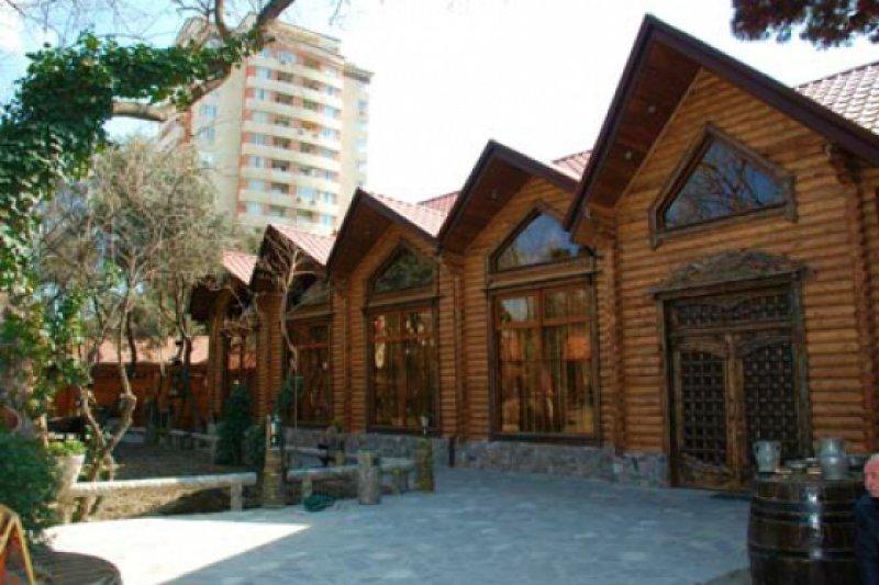 رستوران تونقال باکو