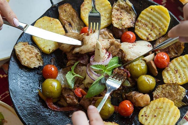 غذاهای ارزان رستوران های باکو