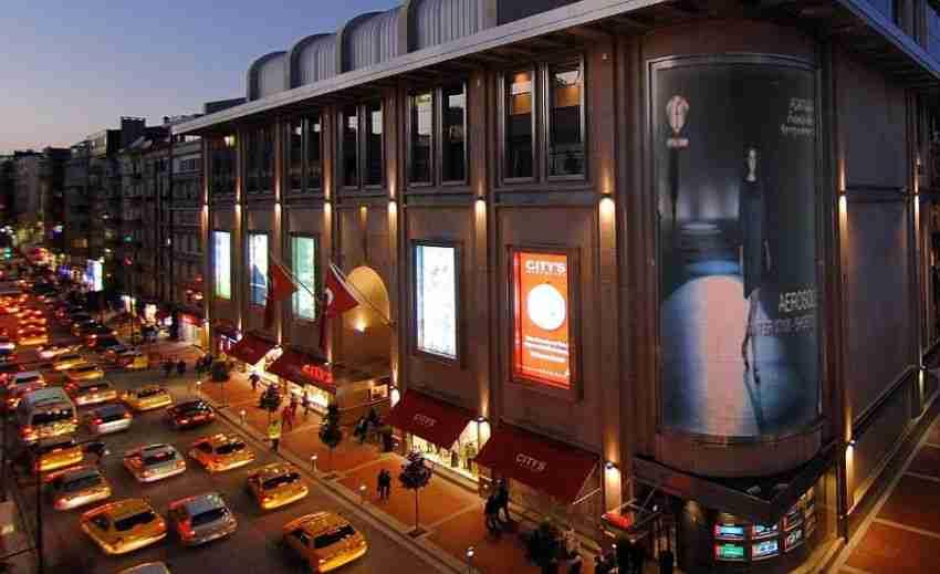 مرکز خرید نیشان تاشی