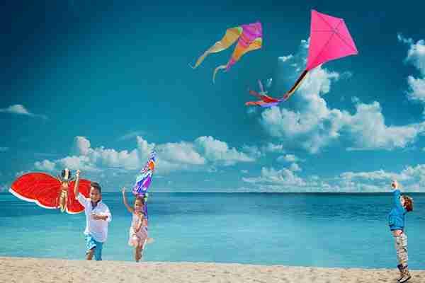 ساحل بادبادک های جمیرا دبی