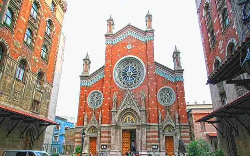 کلیسای سنت آنتوان استانبول