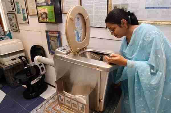 موزه توالت سولاب دهلی نو